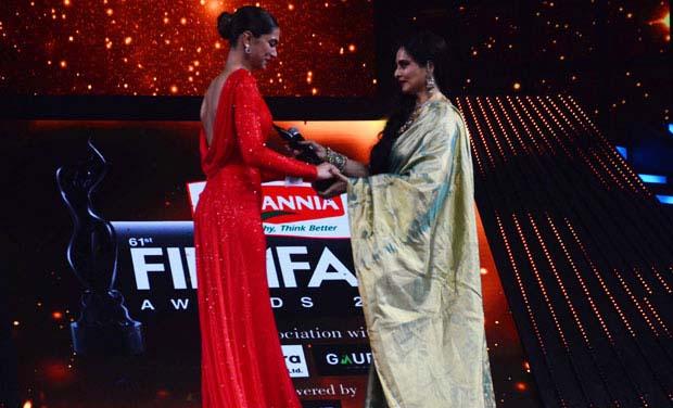 61st Filmfare Awards (2016) Full Show 720p